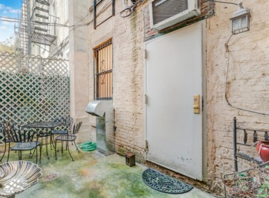 496 Court St #1 patio